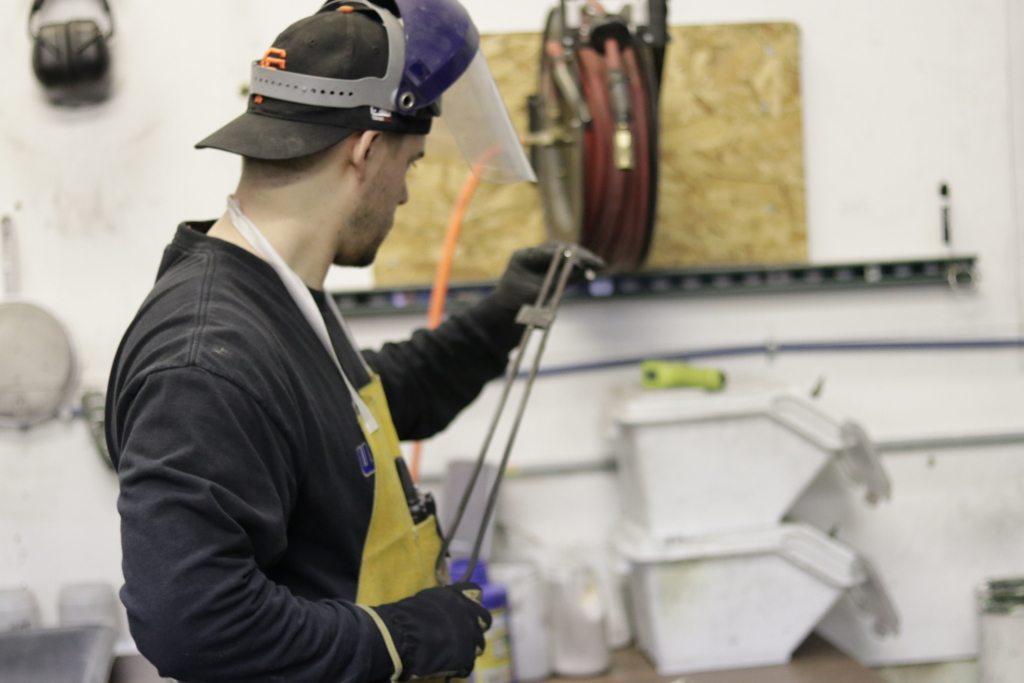 Core Scientific worker using melting technique