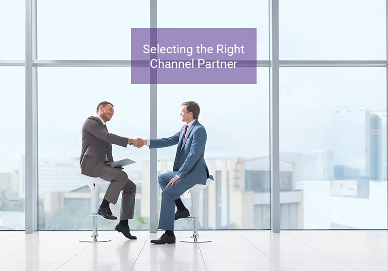 2 men agreeing on selecting the right channel partner